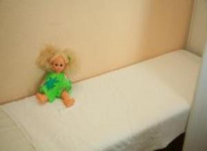Гибель трехлетней девочки расследуют в Волгоградской области