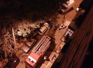 В центре Волгограда вспыхнул автомобиль