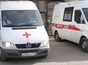 Мотоциклист врезался в 14-летнюю велосипедистку в Урюпинске: оба в больнице
