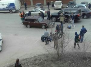 В Волгограде ВАЗ сбил двух подростков на мотоцикле, - очевидцы