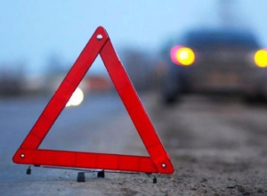 Лихач на «Ладе Приоре» разогнался и перевернулся в кювет в Волгоградской области