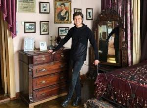 Прохор Шаляпин оказался в спальне знаменитого тезки