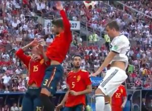Футболисты сборной России стали бойцами, - ветеран волгоградского «Ротора»
