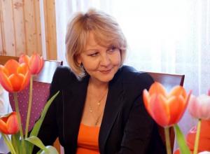 Депутат Госдумы, акушер-гинеколог Татьяна Цыбизова увидела в Волгограде фальсификацию истории