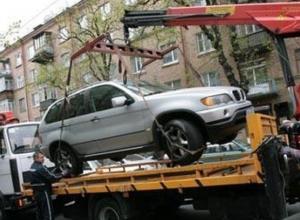 400 автомобилей за два месяца стали добычей эвакуаторов в центре Волгограда