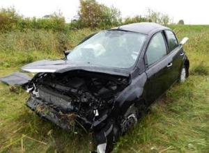 Сразу после лобового столкновения водитель «Форда» устроил еще одно ДТП в Волгоградской области