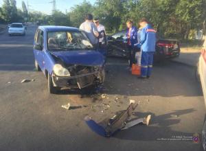 Водитель Kia Rio отправил в больницу трех волгоградцев на китайском BYD