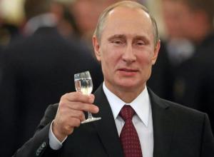 Мэр Волгограда Виталий Лихачев доложил Владимиру Путину о ситуации в Волгограде