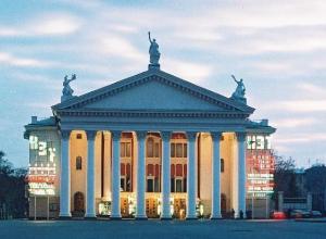 Нового руководителя главного театра Волгограда представят летом