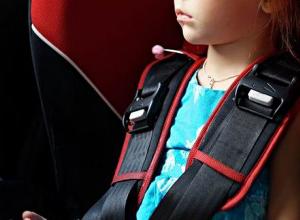Годовалая и 10-летняя девочки пострадали в столкновении «девятки» с Kia Rio под Волгоградом