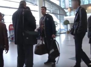 Семья порнохакеров из Волгограда задержана в аэропорту Домодедово