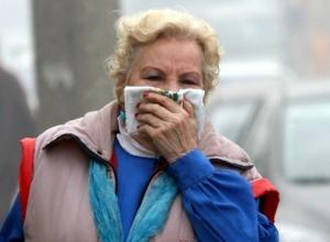 На севере Волгограда жители задыхаются от удушающего химического запаха