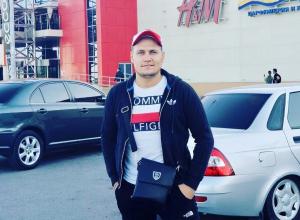 Оставшийся без пальца волгоградский полицейский снова идет судиться с МВД