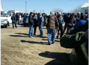 Конфликт главы администрации и жителей под Волгоградом может перерасти в бойню