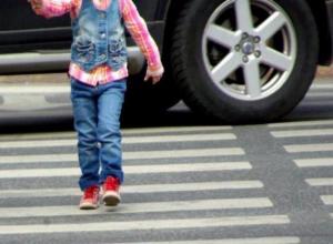 Волжанин на Renault сбил 4-летнюю девочку на глазах ее матери