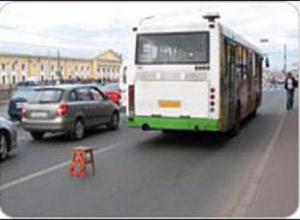 Очередной автобус «Питеравто» высадил пассажиров на дороге в Волгограде из-за поломки
