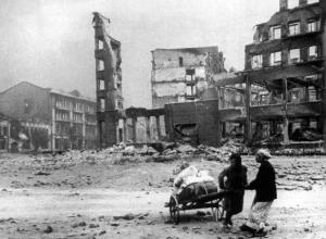 Календарь: 23 августа 1942 год – в Сталинград вошли немцы, город горит