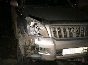 Волгоградский школьник угнал у отца Land Cruiser и сбил пешехода на «зебре»