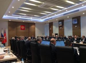 Волгоградского прокурора попросили заставить работать депутатов