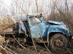 Трое человек пострадали в ДТП самосвала и Daewoo во Фроловском районе