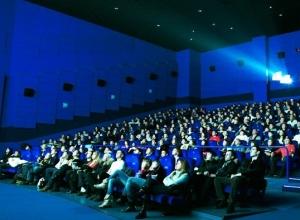 Волгоградцы штурмуют кинотеатры города, выбирая отечественное кино