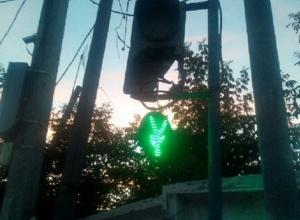 «Зеленый человечек» найден повешенным в Волгограде