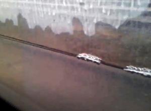 Волгоградцы сняли на видео жидкое ноу-хау в новых автобусах