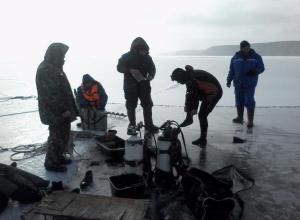 Детские следы обнаружили у полыньи на реке Чир в Суровикино