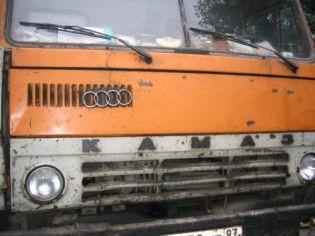 Пьяный водитель «КАМАЗа» протаранил пожарную машину