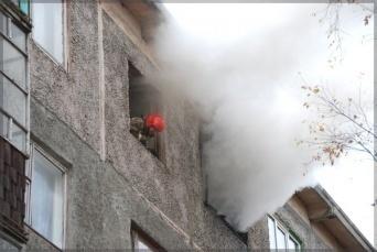 На улице 64-й Армии в Волгограде горела пятиэтажка