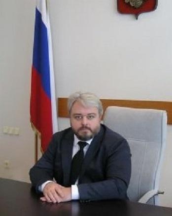 Председатель арбитражного суда Волгоградской области сегодня принимает подарки