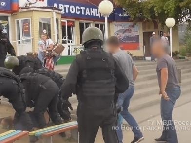 В Камышине под суд пойдут двое нападавших на автомобили «Почты России»