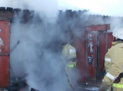 Lada Priora загадочно сгорела дотла под Волгоградом