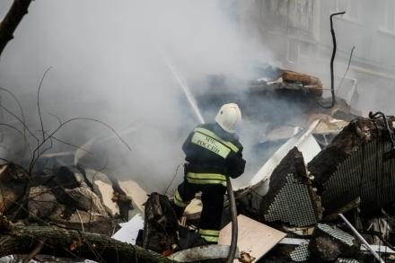 Три часа тушили дом под Нехаевской: есть погибшие