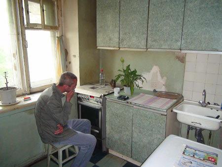 На севере Волгограда наркополицейские накрыли семейный притон