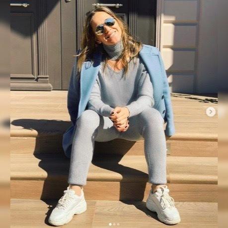 Юлия Ковальчук спросила у фанаток, какие мелочи поднимают им настроение