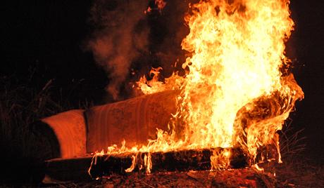 54-летняя женщина едва не погибла из-за загоревшегося дивана в Урюпинске