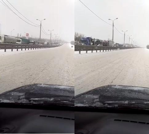Третья Продольная Волгограда парализована из-за сильного снегопада
