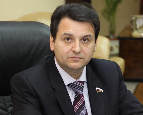 СК требует заочного ареста Олега Михеева