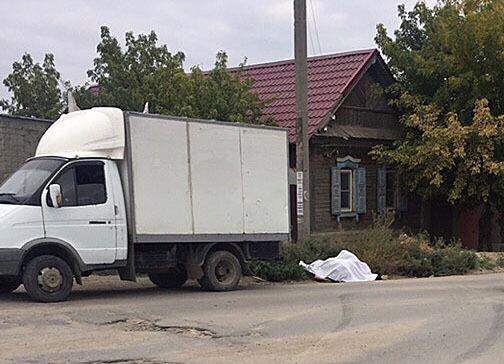 «Газель» насмерть переехала пытавшегося остановить ее водителя на юге Волгограда