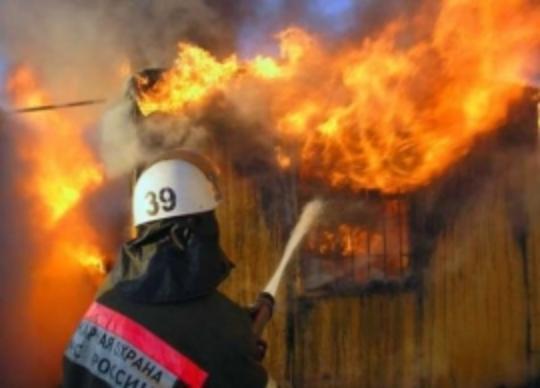 За сутки сгорело два автомобиля в Волгоградской области