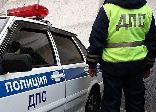 Под Волгоградом экс-инспектор ДПС пойдет под суд завзятку