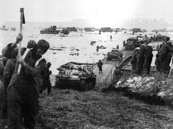 28 ноября 1942 года – под Сталинградом немецкое командование сформировало группу армий «Дон» в целях спасения армии Паулюса