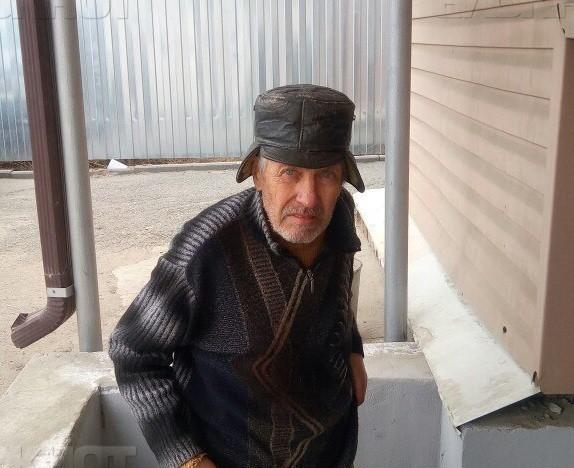 В Волгограде сотрудница полиции в отпуске случайно встретила сбежавшего из больницы пенсионера