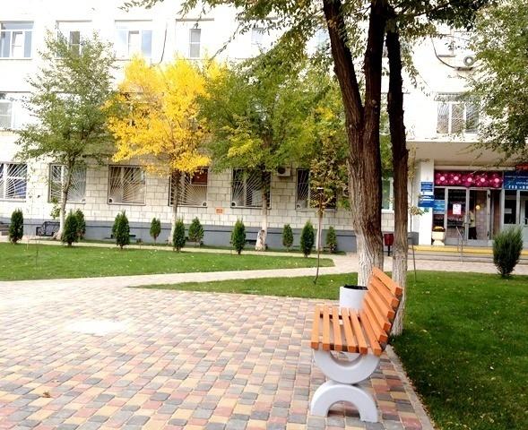 ВВолгограде благоустроили старый сквер наулице Академической