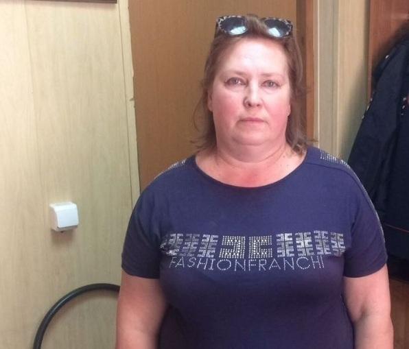 Волгоградец отдал мошеннице 450 тыс. заобещание вернуть ему права