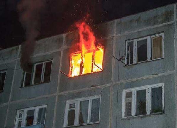 В4-этажке живьем сгорел 82-летний мужчина— Пожар вВолгограде