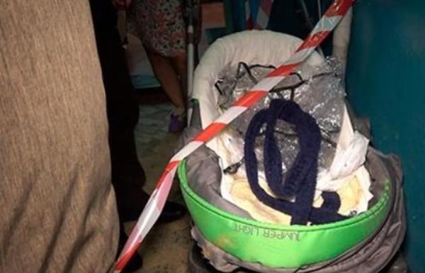 Волгоградка украла у соседки коляску, чтобы катать своих детей