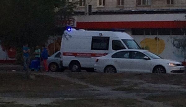Пожилого мужчину навелосипеде насмерть сбил автомобиль вВолгограде