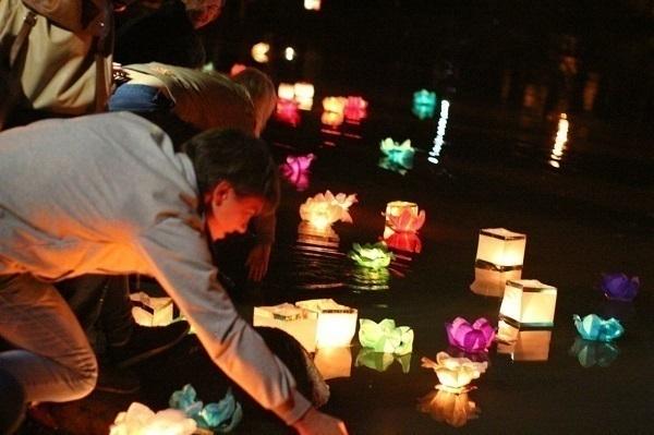 Волгоградцы запустят водные фонарики наАнгарском пруду Волгограда